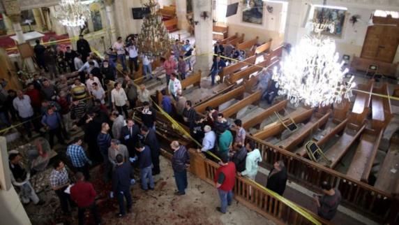 دو انفجار تروریستی در کلیساهای قبطی دهها کشته وزخمی برجای گذاشت