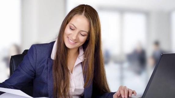 در شرکتهای تکنولوژی زنان کمتر از مردان حقوق می گیرند