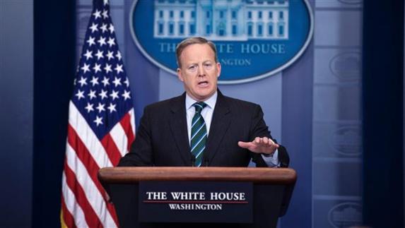 شان اسپایسر، سخنگوی کاخ سفید: برقراری صلح در سوریه با حضور اسد امکان پذیر نیست