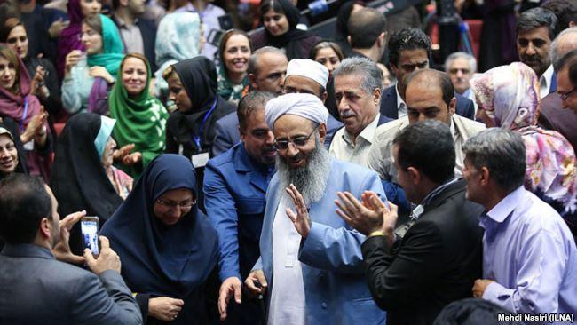حضور مولوی عبدالحمید در مراسم تقدیر از فعالان ستاد روحانی در تهران