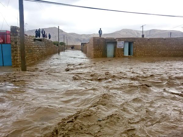 وقوع سیل در مناطق مختلف ایران چندین کشته و مفقود برجای گذاشت