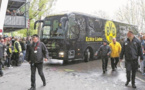 وقوع سه انفجار در مسیر اتوبوس حامل بازیکنان تیم فوتبال بورسیا دورتموند آلمان