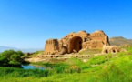 کسی به فریاد کاخ ساسانی پیروز آباد نمیرسد