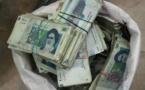 اعتراف کارشناس اقتصادی رژیم: ردپای وابستگان به قدرت در پولشوییها دیده میشود