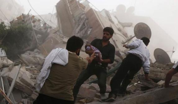 بمباران شیمیایی حلب توسط نظام اسد با بشکههای حاوی گاز سمی