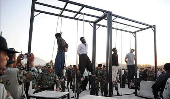آثار شکنجه بر روی بدن های زندانیان اعدام شده اهل سنت کرد