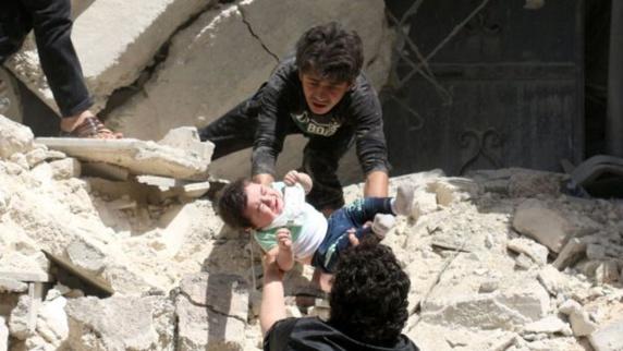 حمله جنگنده های روسیه به مناطق مسکونی در حلب سوریه 15 کشته برجای گذاشت
