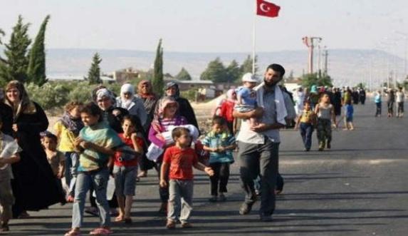 بازگشت سوری ها به خانه هایشان همچنان ادامه دارد