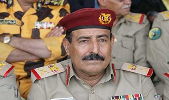 ارتش یمن: یک محموله اسلحه ارسالی از ایران به حوثیها را متوقف کردیم