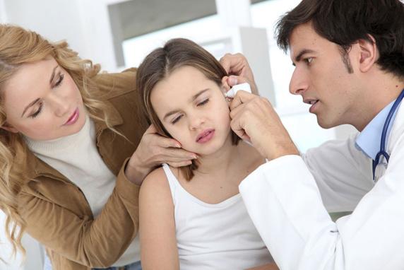 علایم عفونت گوش درکودکان