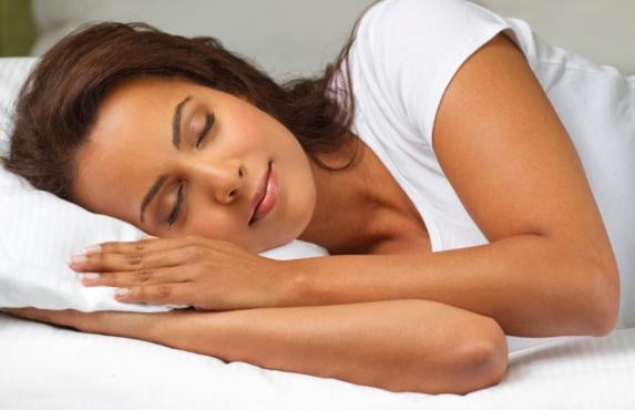 به خواب رفتن در کمتر از ۱ دقیقه با یک فن فوقالعاده
