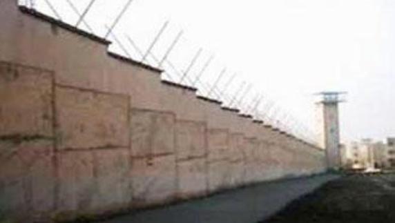 فریاد مرگ بر خامنهای و مرگ بر دیکتاتور زندانیان بند سه زندان گوهردشت کرج