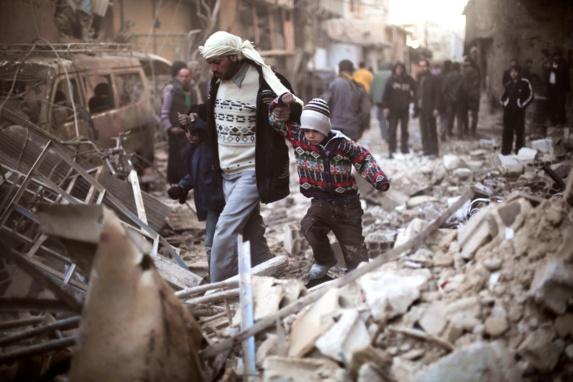 مجروح شدن 5 غیر نظامی نتیجه بمباران رژیم اسد در عربین دمشق