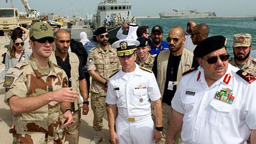 تأکید فرمانده نیروی دریائی آمریکا:ایران پشت قایقهای انفجاری شورشیان حوثی در دریای سرخ است