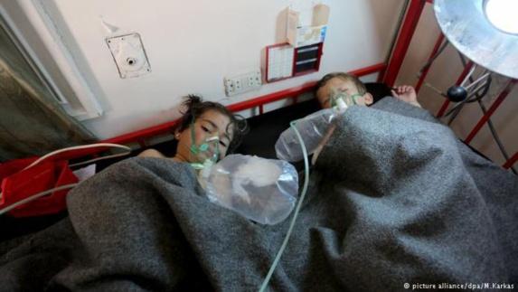 کشته شدن دهها تن در اثر حمله شیمیایی با گاز سمی از سوی رژیم اسد