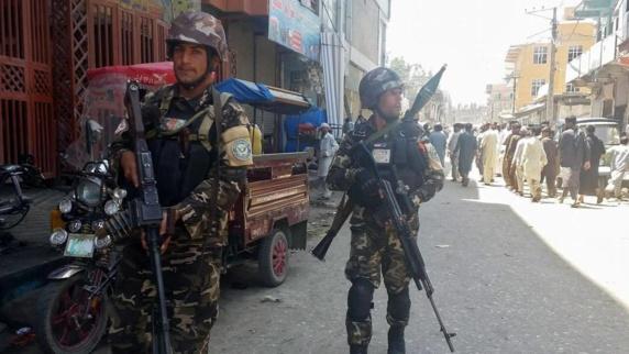 6 کشته و 17 زخمی در حمله تروريستی به تلویزیون دولتی افغانستان