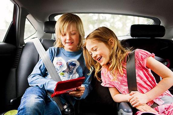 33 مورد ضروری برای مسافرت کردن با بچه ها