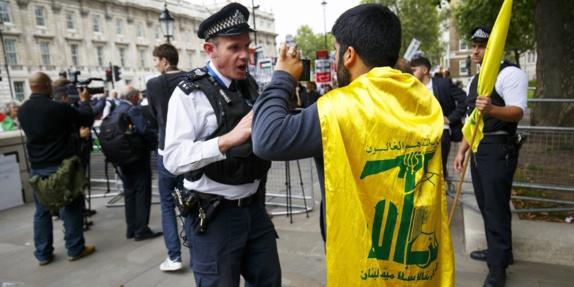صادق خان شهردار لندن خواستار ممنوعیت فعالیت کامل گروه تروریستی حزبالله شد