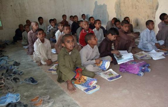 بیش از هفتاد هزار کودک بازمانده از تحصیل در سیستان و بلوچستان