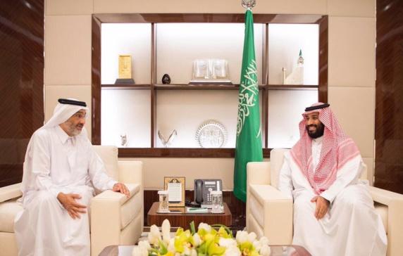 فرمان ملک سلمان برای انتقال حجاج قطری با هزینه سعودی