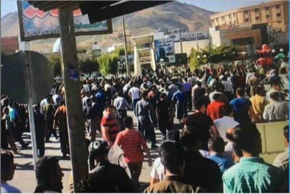 اعزام نیروهای سپاه تروریستی پاسداران به مناطق مرزی همزمان با اعتراضات مدنی شهر بانه