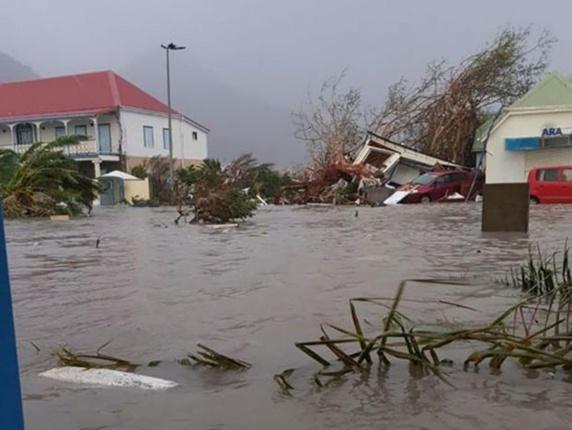 طوفان ایرما در جزایر کارائیب شش کشته برجای گذاشت