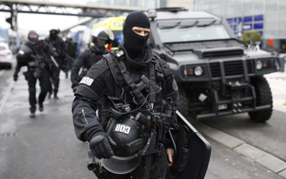 فرانسه.. رابطه مشکوک عوامل ایرانی-عراقی با مواد شیمیایی کشف شده در پاریس