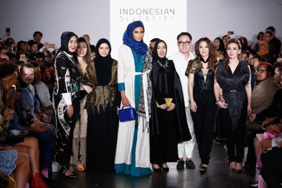 طراحی مجموعه لباس«حجاب زیبا» پیام اندونزی به هفته مد نیویورک + تصویر