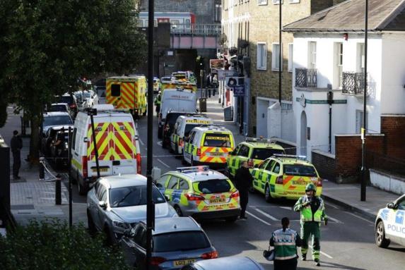 انفجار در مترو غرب لندن + تصاویر