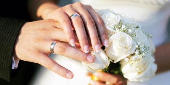جرا زوج های جوان به حلقه ازدواج بیشتر اهمیت می دهند