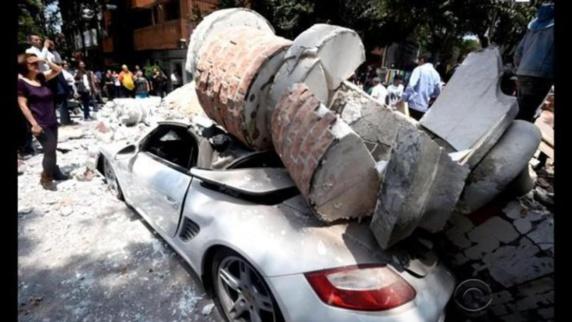 وقوع زلزله شدید در مکزیک ده ها کشته برجای گذاشت + تصاویر