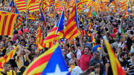 ارسال نیروهای پلیس مستقل به منطقه شمال شرقی برای جلوگیری از اجرای رفراندم استقلال کاتالونیا