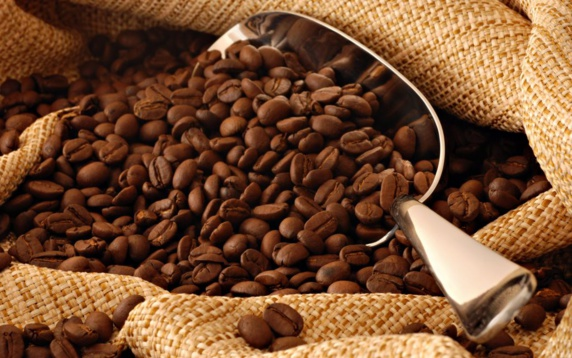 آشنایی با فواید و مضرات قهوه