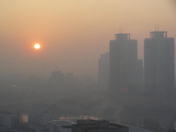 بیش از سیزده هزار ایرانی بر اثر آلودگی هوا در سال 94 جان باختند