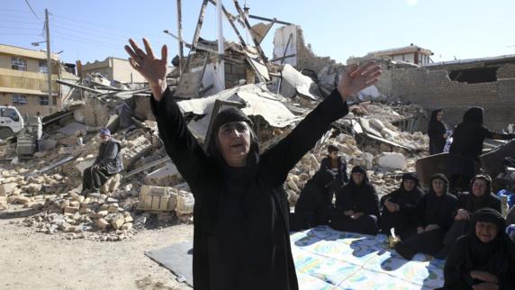 سوءِ استفاده اشغالگران از فاجعه زلزله در کوردستان