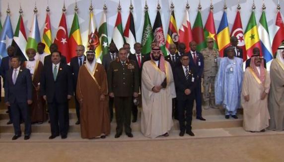 ولیعهد سعودی: اجازه نخواهیم داد که تروریسم چهره واقعی اسلام را خدشهدار کند