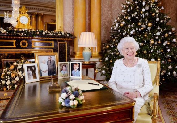 اشاره به حملات تروریستی بریتانیا در پیام کریسمس ملکه الیزابت