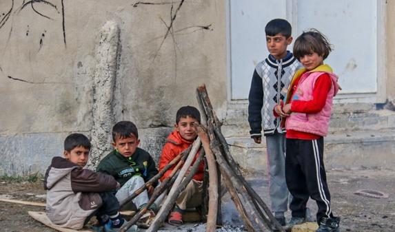 فعالین حقوق کودکان کورد، خواستار همکاری بیشتر در رابطه با زلزله زدگان کرماشان شدند