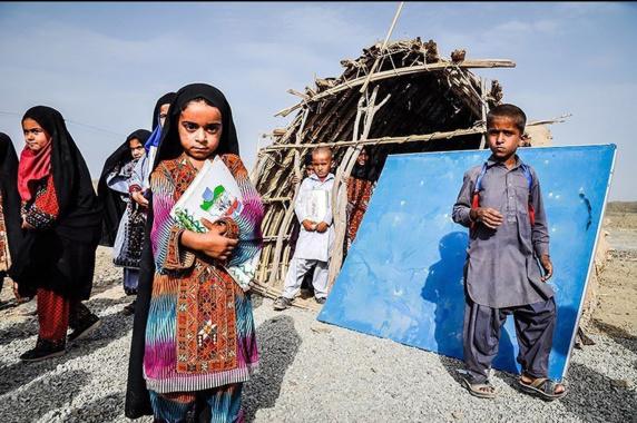 ترک تحصیل کودکان به علت نبود مدرسه