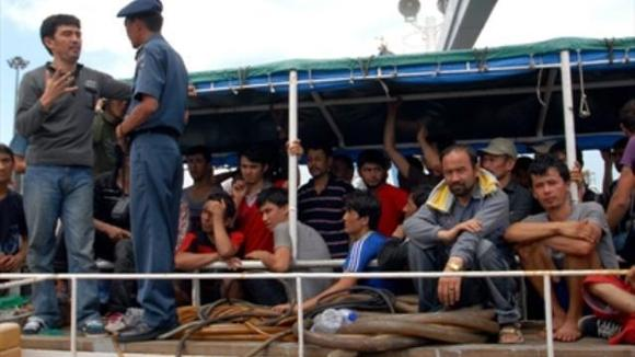 120 پناهجوی ایرانی و افغانی پس از تعهد مسئولان استرالیایی مجددا به خاک اندونزی باز گشتند