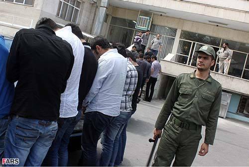 دستگیری 29 نفر در یک مهمانی شبانه در آبادان