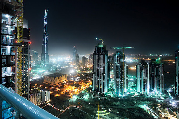 حجم تجارت خارجی دبی در سال گذشته از مرز یک تریلیون درهم گذشت