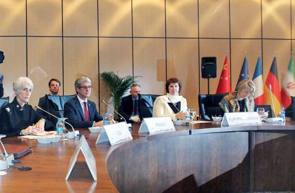 ایران درمقابل بسته کشورهای غربی، یک بسته متقابل به گروه ١+٥ ارائه کرد