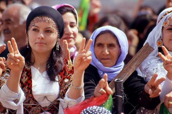 اقدام جدید دولت ترکیه برای بهرسمیت شناختن زبان کردی