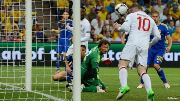 گروه چهارم جام ملتهای اروپا؛ حذف میزبان، صعود انگلیس و فرانسه