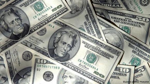 پس از مذاکرات مسکو دلار و طلا در ایران گران شد