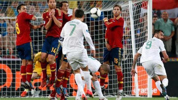 اسپانیا با پیروزی بر پرتغال در ضربات پنالتی به فینال رسید