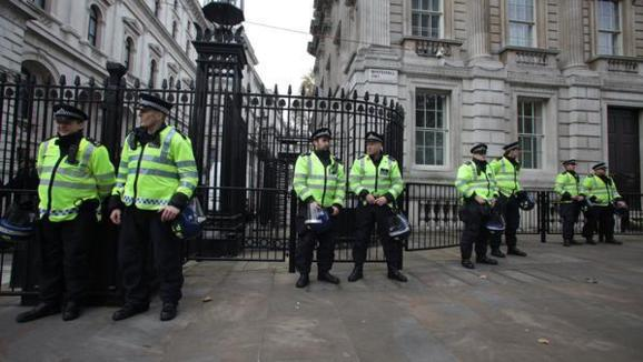 پلیس لندن؛کشف جسد میلیاردری که در تنهایی مرده است