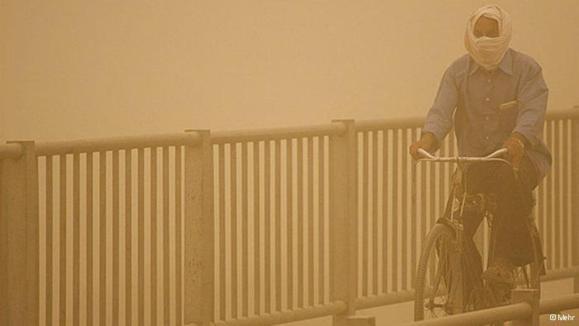تهران با تب ۴۰ درجه در محاصره ریزگردها