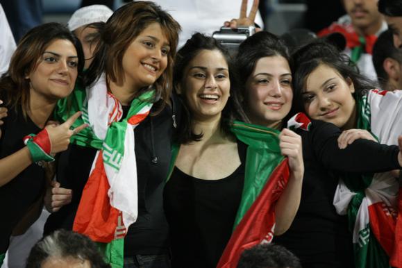 این ها فوتبال ایران را به روز سیاه نشانده اند